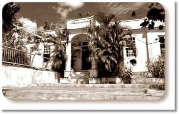 HEMINGWAY Cuba_FincalaVigliaHemingway460